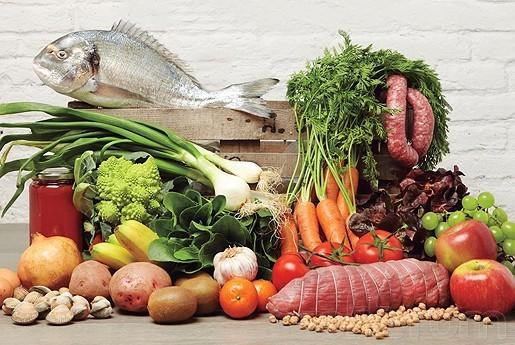 Productos frescos y seguridad alimentaria en verano